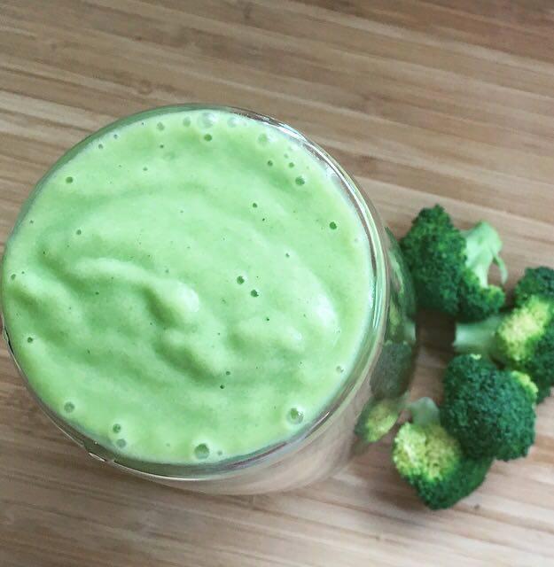 Super Green Broccoli Healthy Mummy Smoothie Recipe