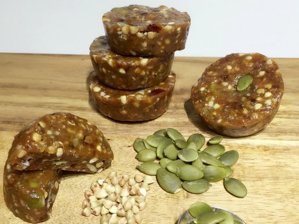 Crunchy Sticky Date Cups
